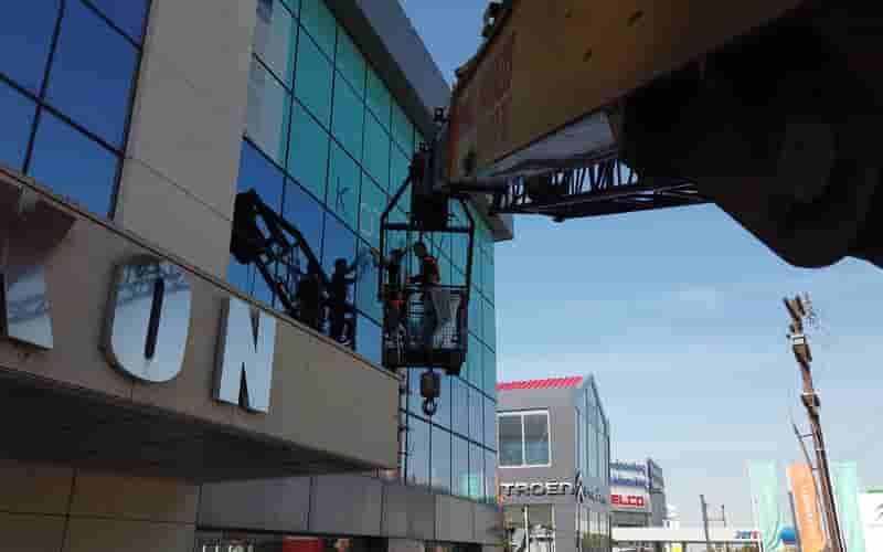 ανυψωτικές εργασίες με καλάθι εργασίας Θεσσαλονίκης